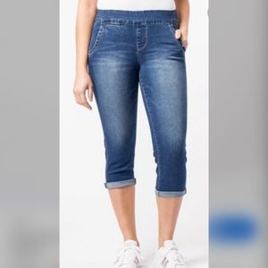 NWT JAG JEANS Size 22W Pull On Crop Jeans